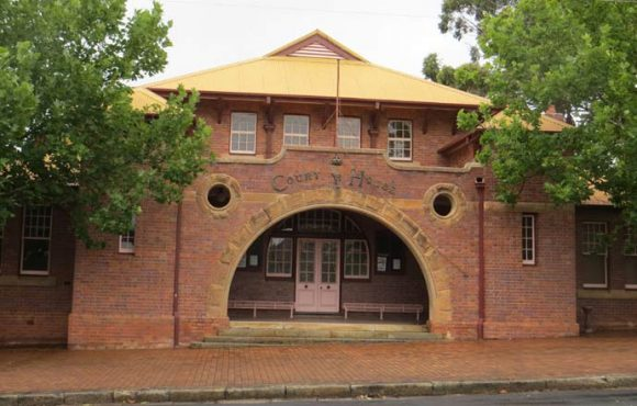 Nowra Courthouse, Nowra, old Australian courthouses, early Australian courthouses