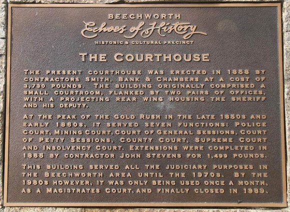 Beechworth Courthouse Plaque